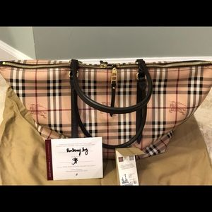 Burberry medium Salisbury tote bag